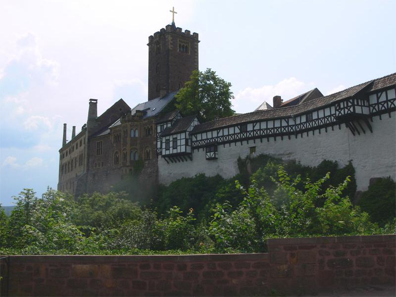 Die Ostflanke der Wartburg